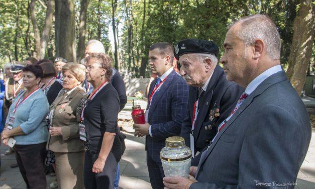 """""""Nóż wplecy"""" – obchody 79. rocznicy agresji sowieckiej naPolskę (16-18.09.18r.)"""