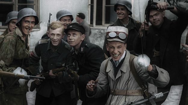 Dług wdzięczności narodu polskiego wobec Bohaterów Powstania Warszawskiego – największego patriotycznego zrywu.