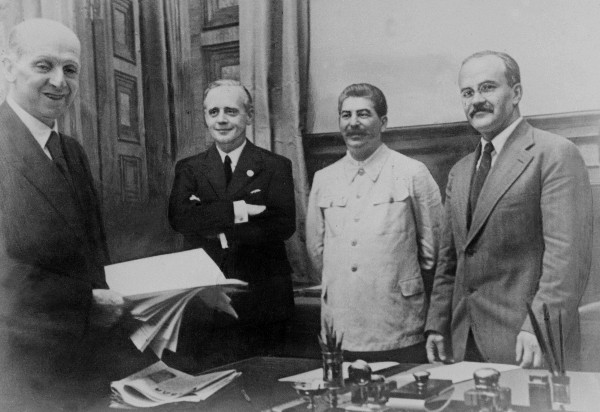 """""""PRAWDY NIEMOŻNA ROZSTRZELAĆ"""" – 17.09.1939R."""