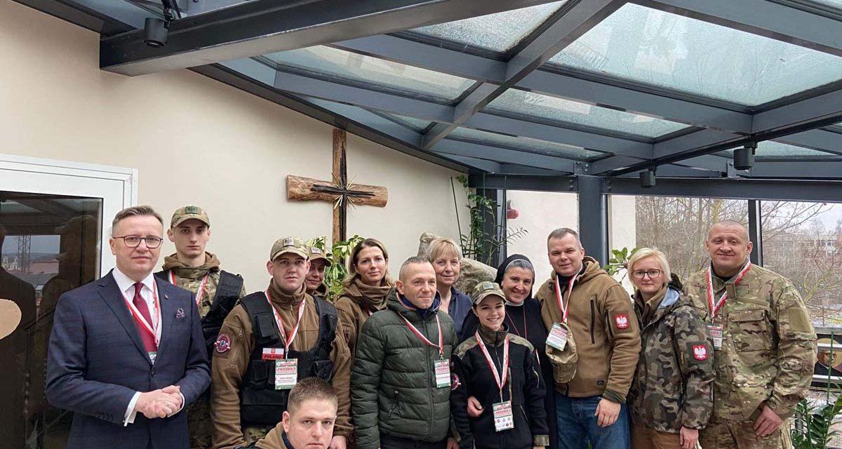 """Ogólnopolska zbiórka paczek """"Polacy Kresowym Rodakom"""" edycja Boże Narodzenie- Litwa 2019"""