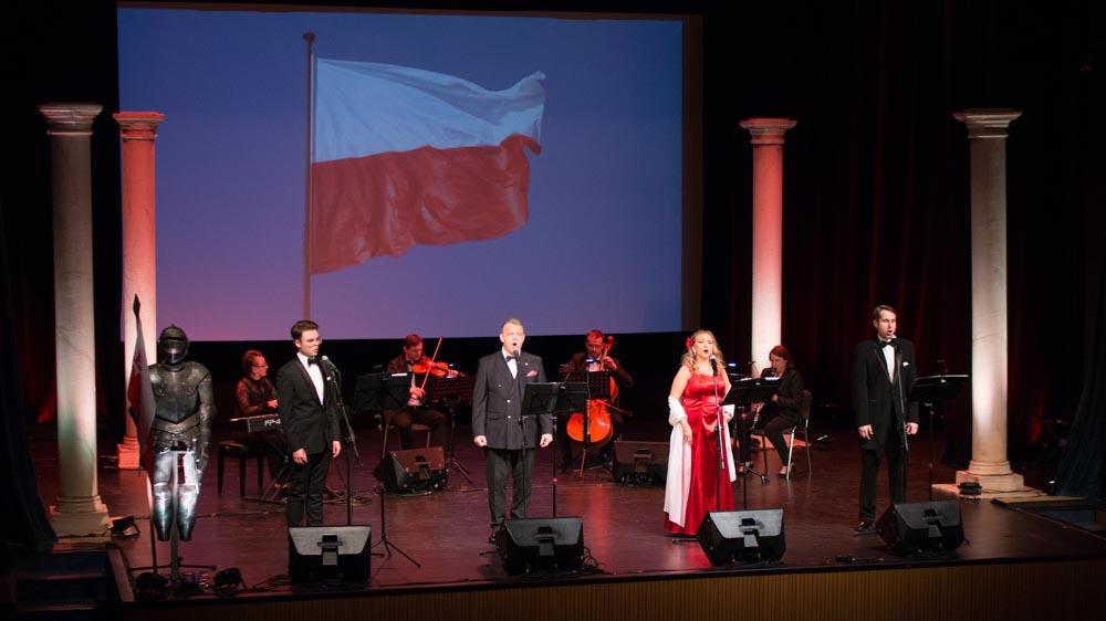 """Koncert """"Zwycięstwa Oręża Polskiego 1920 r. – Śpiewnik patriotyczny"""" – Węgrów, 19.10.2020r."""